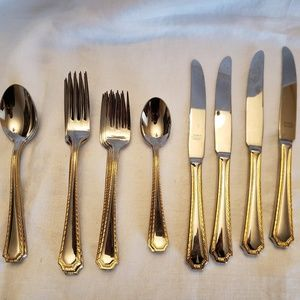Kitchen - 20 pieces Towle germany gold trim flatware